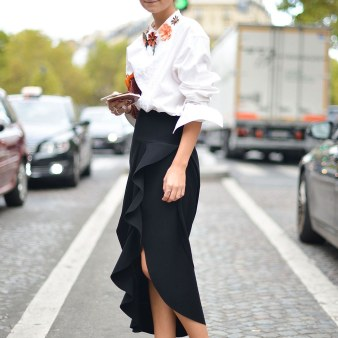 fashion-2015-11-white-shirt-outfit-ideas-date-statemenet-top-ruffle-skirt-getty-images-main