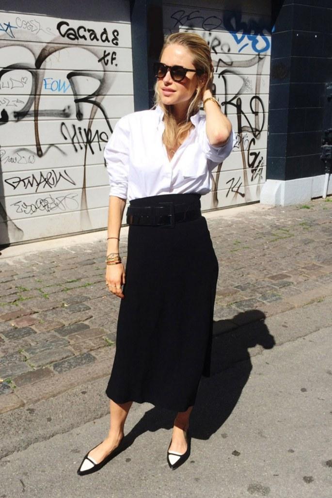 fashion-2015-11-white-shirt-outfit-ideas-work-high-waist-skirt-look-de-pernille-main